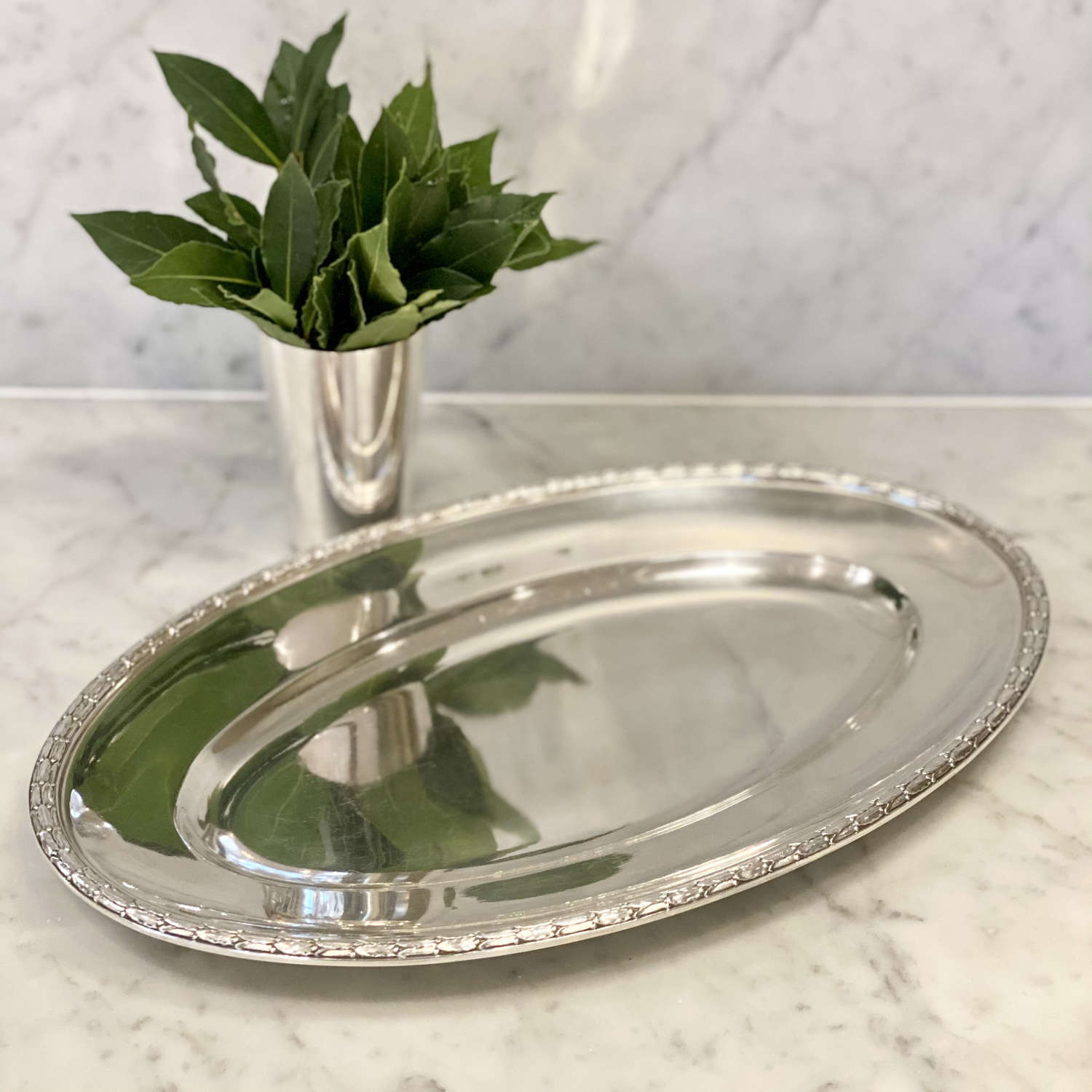 Oval laurel wreath rimmed silver plated platter