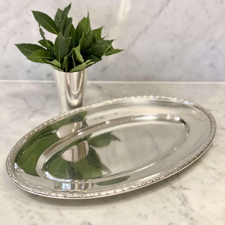 Oval laurel wreath rimmed silver plated platter