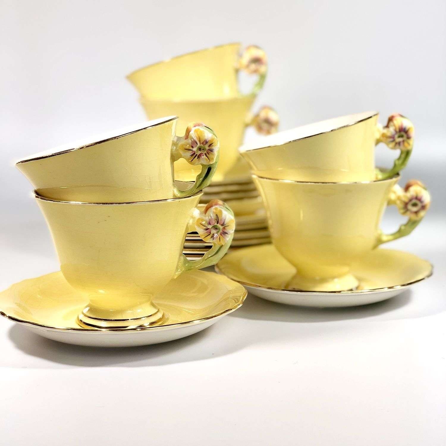 Art Deco flower handled tea set for six