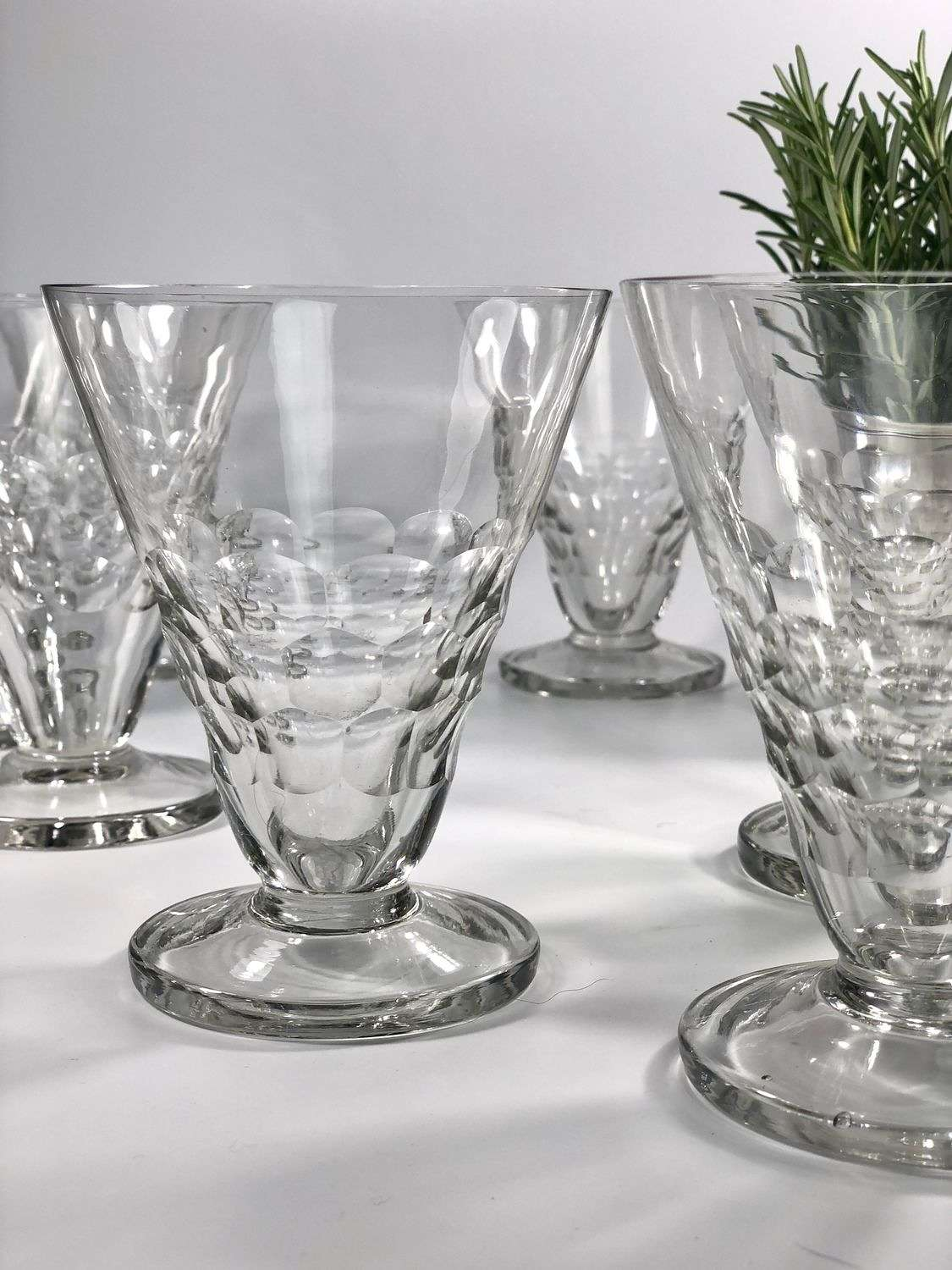 8 Art Deco French bistro wine glasses