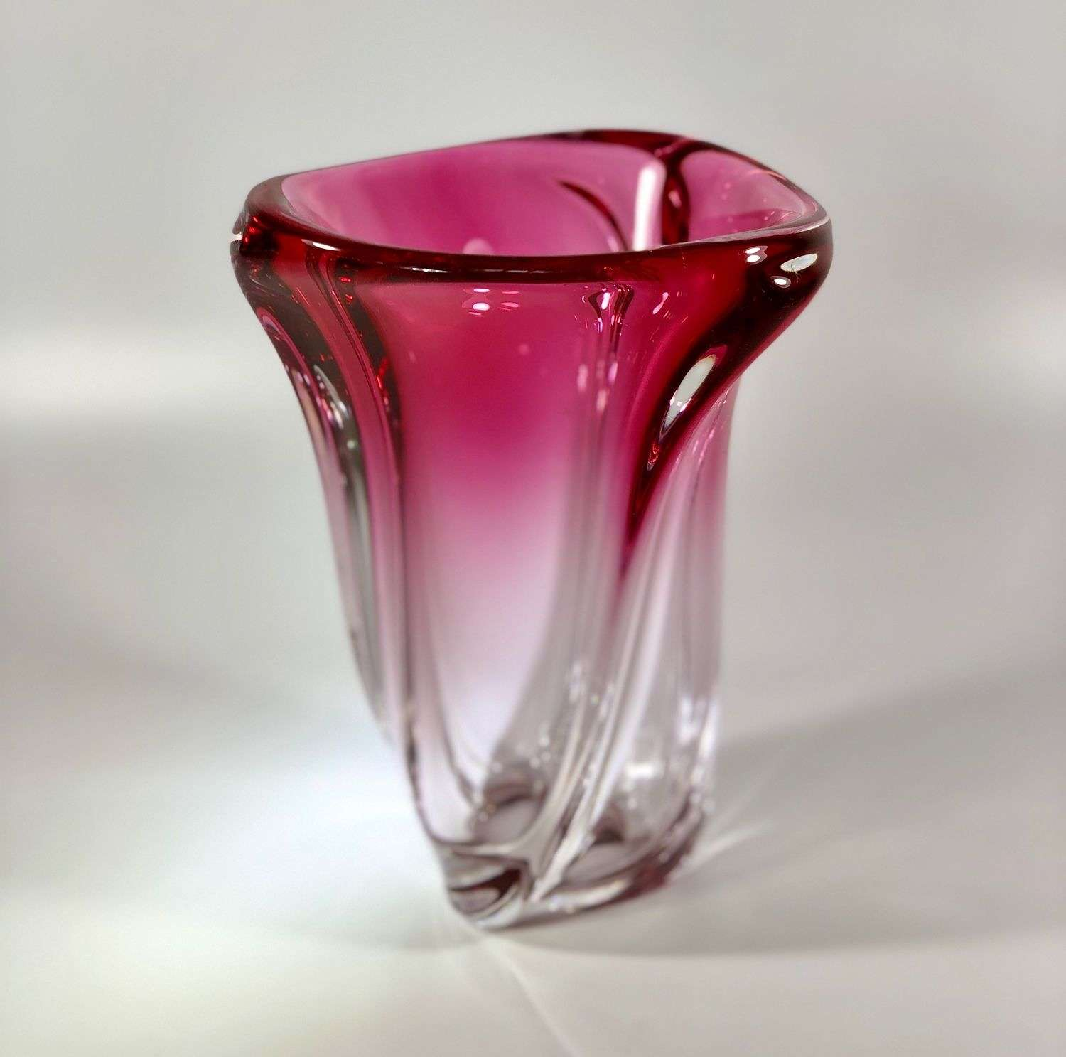 Pink crystal vase by Guido Bon for Val Saint Lambert