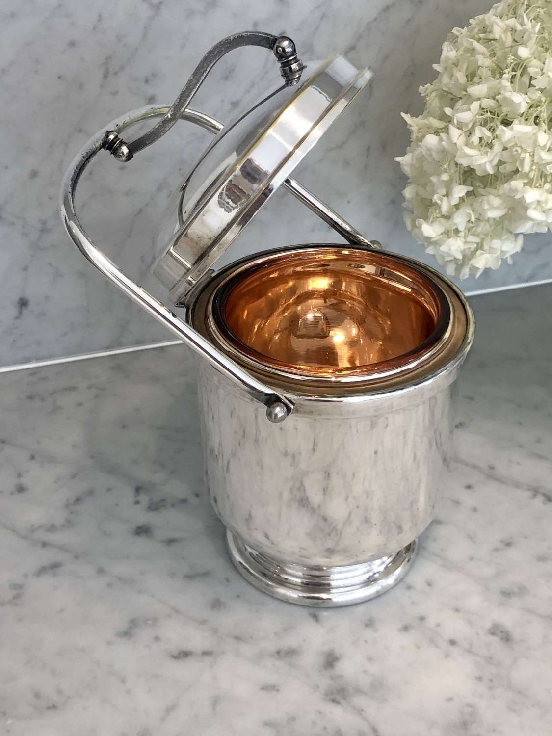 Mid 20th Century silver plated thermal ice bucket Aldo Tura for Macabo