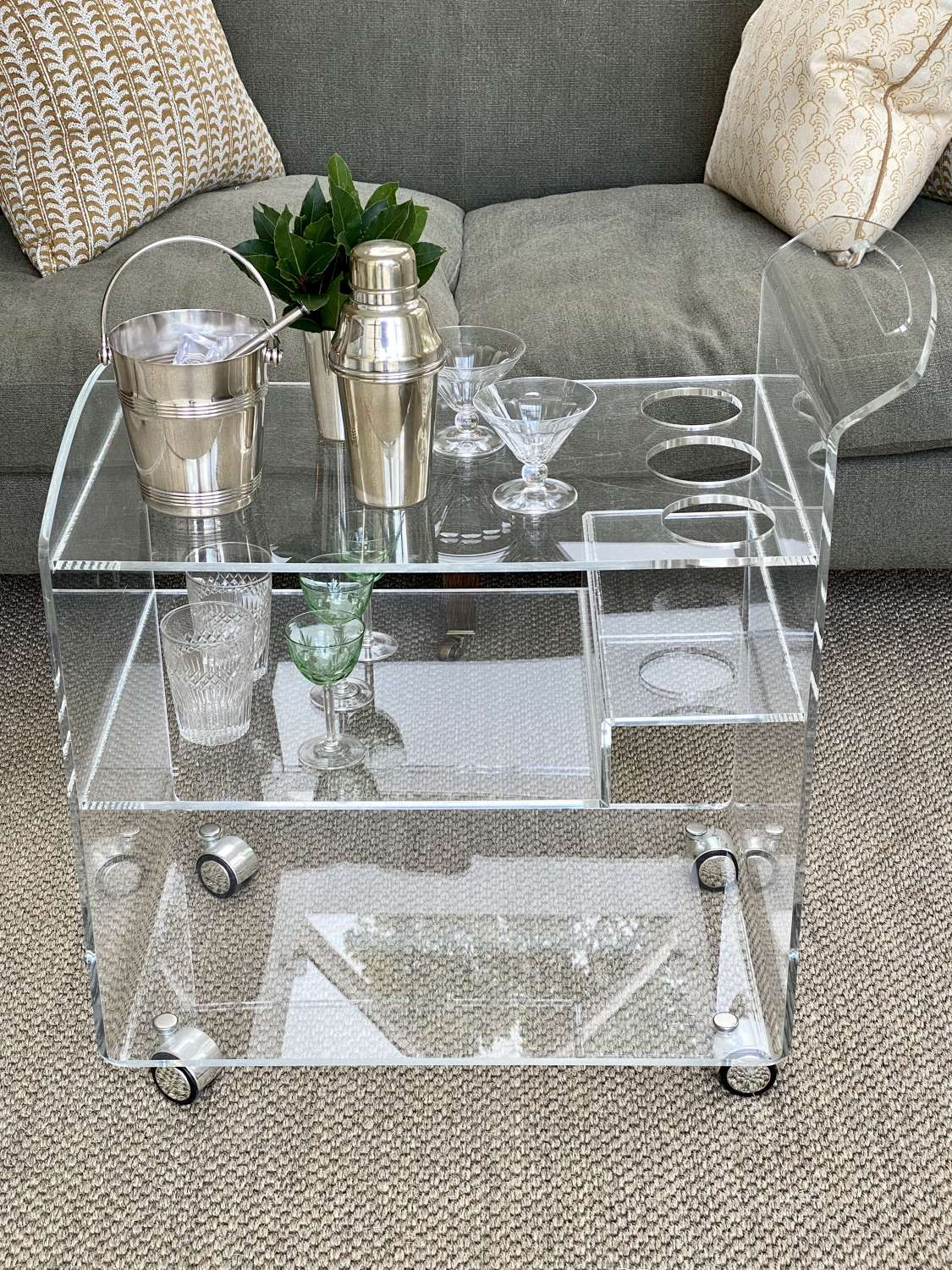 Lucite acrylic cocktail drinks trolley bar cart