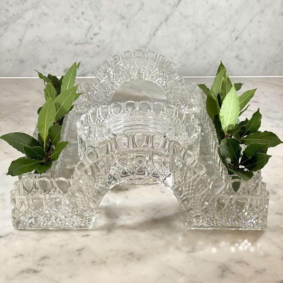 Val Saint Lambert flower garniture table centrepiece set