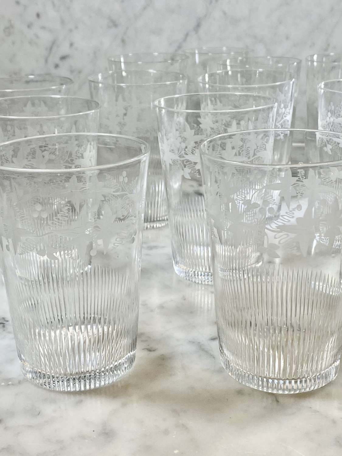 14 excellent Victorian vine etched crystal water tumblers