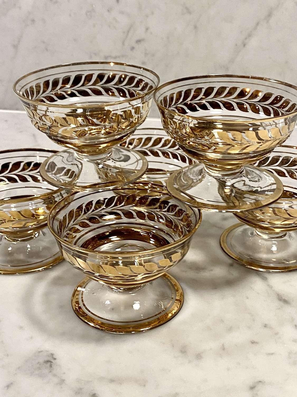 Smart set of Mid Century gold wreath dessert bowls