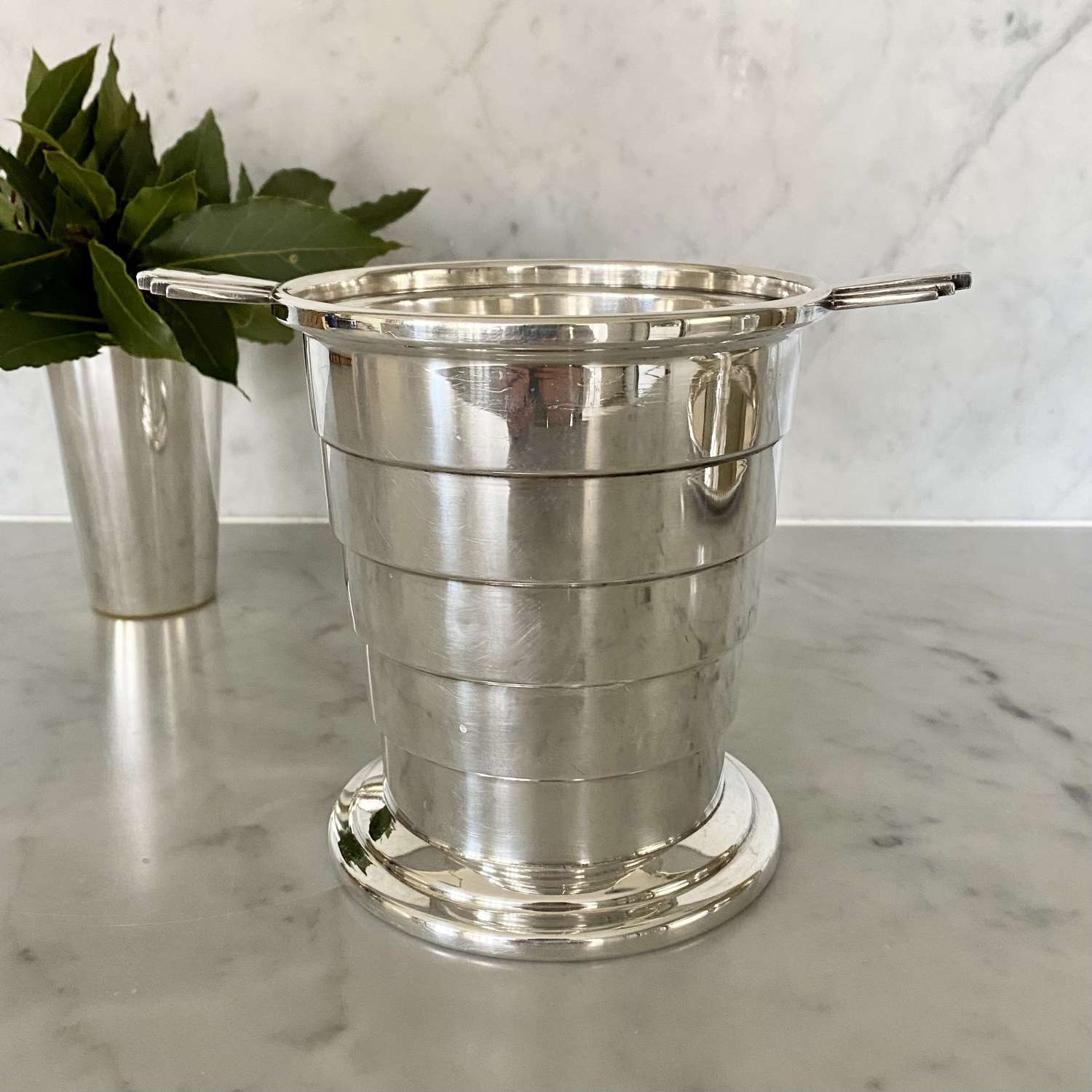 Art Deco geometric English silver plated ice bucket